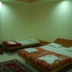 Hotel Pearl in Wai