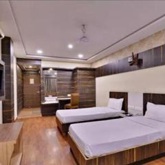 Hotel Puneet International in Raipur