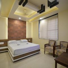 Hotel Radhe Krishna in Solapur