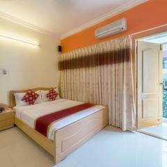 Hotel Raj Comforts -golf View in Bengaluru