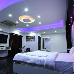 Hotel Rr International in Bengaluru