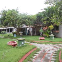 Hotel Sadhabishegam in Mayiladuthurai