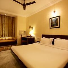 Hotel Sandhu Palace in Jodhpur