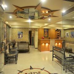 Hotel Sanket in Ahmadnagar