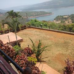 Hotel Shrushti Lake View in Chiplun