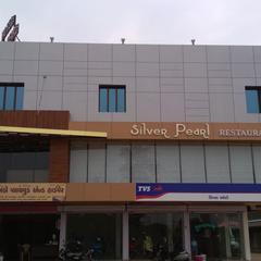 Hotel Silver Pearl in Kalol