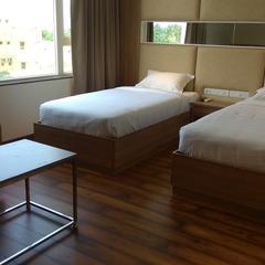 Hotel Smart City Park Inn in Tada
