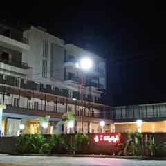 Hotel Sri7 Inn in Anantapur