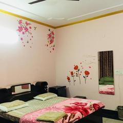 Hotel Sun Palace Residency in Noida