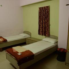 Hotel Sunlight in Himatnagar