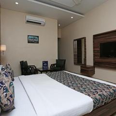 Hotel Surya Palace in Durg