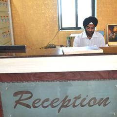 Hotel The Grand Pritam in Gandhinagar