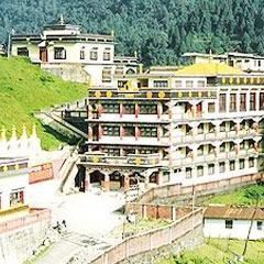 Hotel Travellers Paradise in Darjeeling