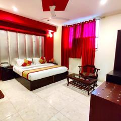 Hotel Unistar - Feel Welcome in New Delhi