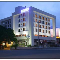 Hotel Utsav Deluxe in Pune