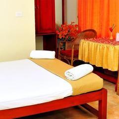 Hotel Vazhiyoram Mundakayam in Kottayam
