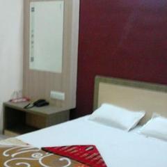 Hotel Vighnaharta Inn in Buldana