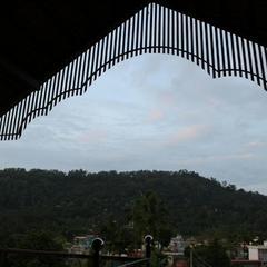 Iroomz Sri Vinayaka Comfort in Virarajendrapet