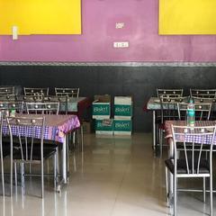 Jalaram Lodge And Restaurant in Dongargarh