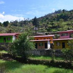 Kedar Valley Resorts in Gupta Kashi