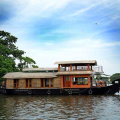 Kera House Boats in Alappuzha