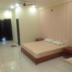 Kss Hotel And Lodging in Kolluru