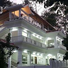 La Flora The 7th Mile Inn in Madikeri