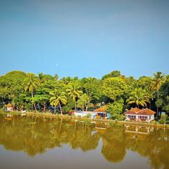Lake Haven Island Resorts in Alappuzha