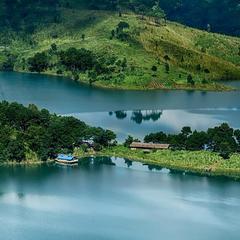 Lake Paradeso in Shillong