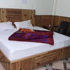 Lee Palace Kasol in Kasol