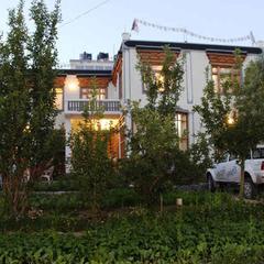 Lonchay Residency in Leh