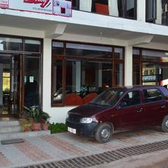 BobsnBarley Hotel Bar And Restaurant in Dharamshala