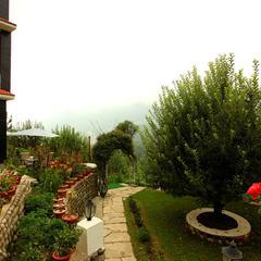 Naina Resort in Manali