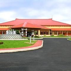 Lulu Garden Hotels in Thrissur