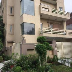 """luxurious Abode Amidst Abundant Green"" in Noida"
