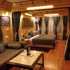 Maharaja Hotel in Nainital