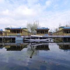 Mahjong Houseboats in Srinagar