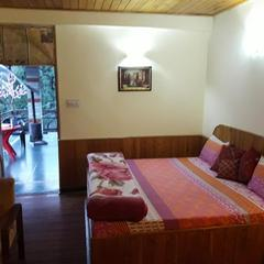 Majestic Woods Cottage in Manali