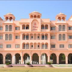 Malpani Club & Resort in Bhandardara