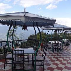 Mandarin Village Resort in Rinchingpong