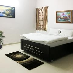 Maple Tree Service Apartments Gandhinagar in Gandhinagar
