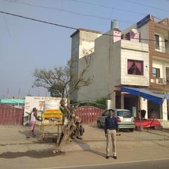 Mukhiya Garden in Mathura