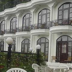 Mussoorie Gateway Hotel in Mussoorie