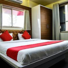 OYO 10677 Hotel Monarch Guestline in Pimpri