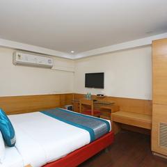 OYO 11332 Hotel Daffodils Inn in Delhi