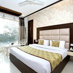 OYO 11367 Hotel Yellow in Chandigarh