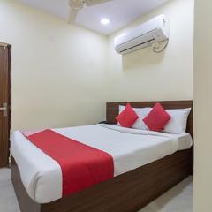 OYO 11676 Nakshatra Grand in Sururnagar