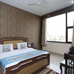 Capital O 1299 Hotel Mukut Regency in Ghaziabad