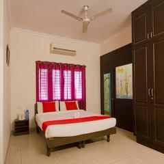 OYO 13193 Rockline Comfort Stay in Hyderabad