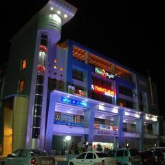 OYO 13372 Hotel Laksh Residency in Nand